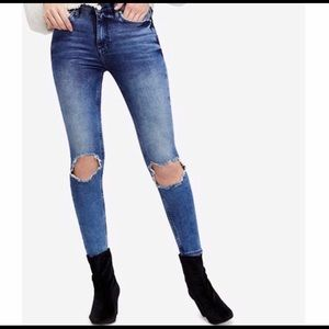 Free People High Rise Busted Skinny Jeans - Sz 28